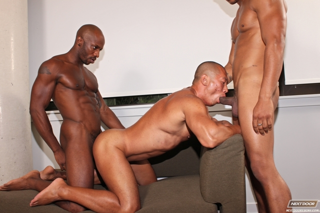 gay threesomes black