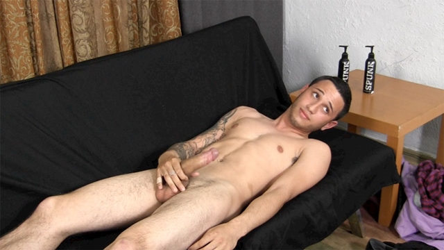 Athletic-young-hunk-20-year-old-Evan-Straight-Fraternity-gay-bareback-raw-gay-sex-raw-fucking-young-sexy-guys-06-gay-porn-pics-video-photo