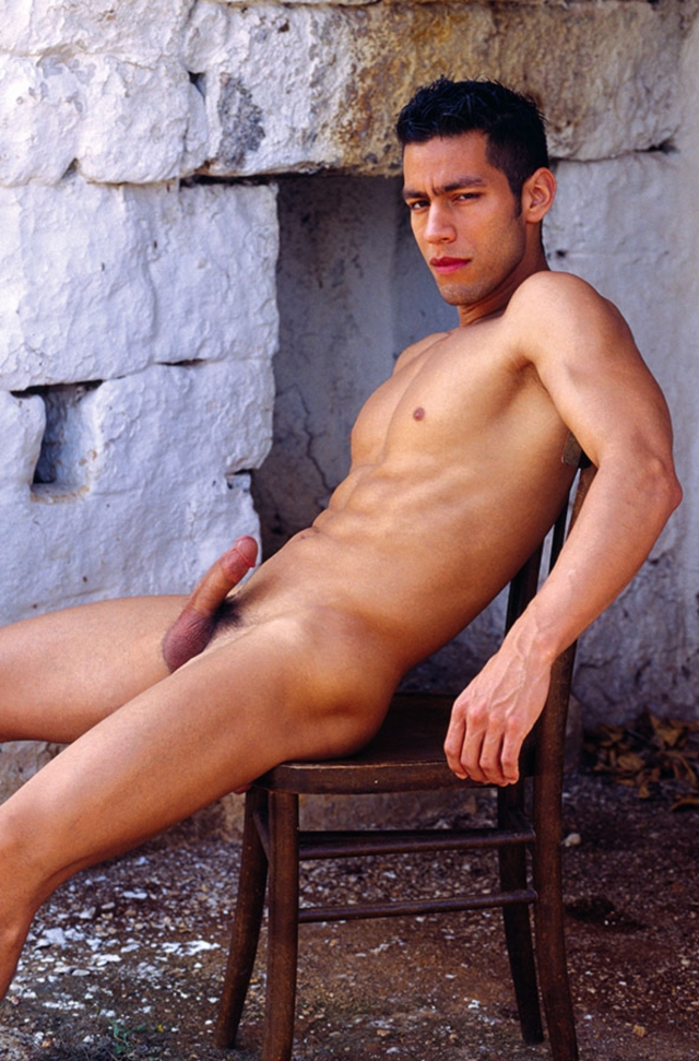 Ricky-Lucas-Kazan-Italian-latin-gay-men-latino-straight-men-naked-straight-latino-men-08-pics-gallery-tube-video-photo