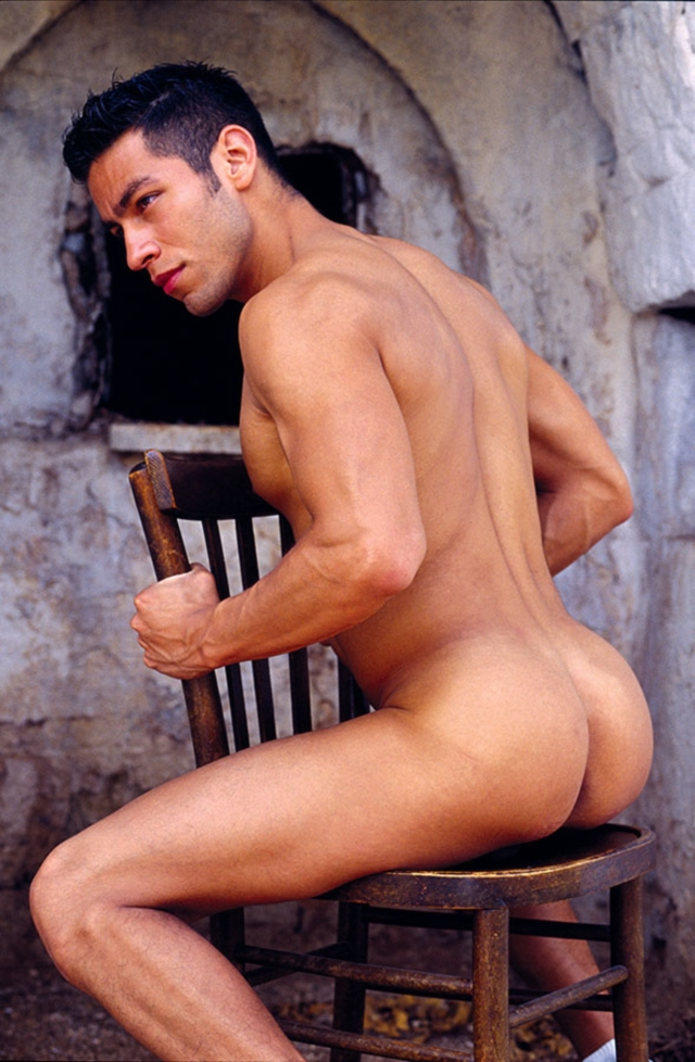 Ricky-Lucas-Kazan-Italian-latin-gay-men-latino-straight-men-naked-straight-latino-men-09-pics-gallery-tube-video-photo