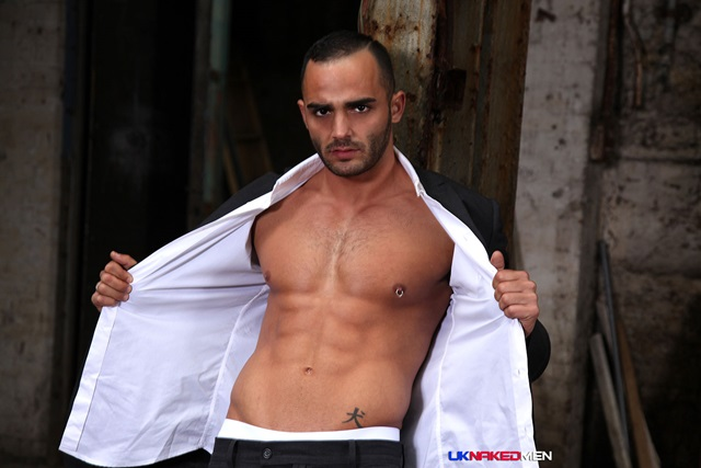 Click to visit external site: uk naked men    Adrian Toledo photo