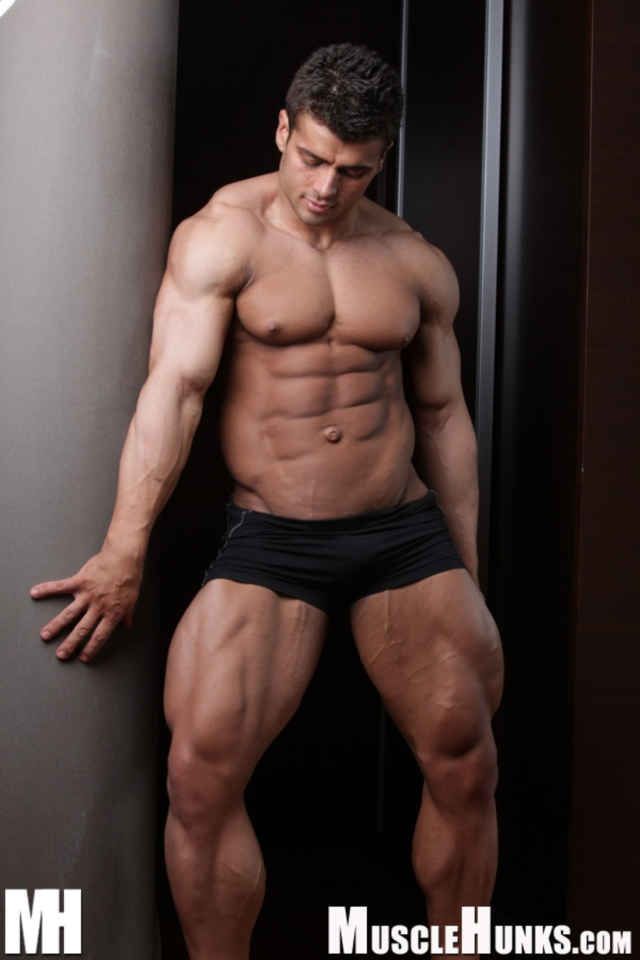 Benny-Ryder-Live-Muscle-Show-Gay-Naked-Bodybuilder-nude-bodybuilders-gay-muscles-big-muscle-men-gay-sex-06-gallery-video-photo
