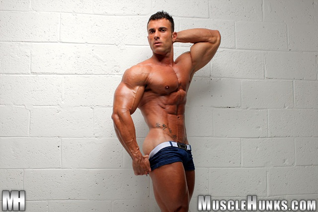 Gianluigi-Volti-extra-long-dick-004-Ripped-Muscle-Bodybuilder-Strips-Naked-and-Strokes-His-Big-Hard-Cock-for-at-Muscle-Hunks-photo