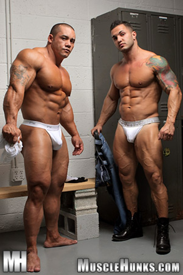 Hard-body-muscleman-wrestler-Diego-El-Potro-v-Superheavyweight-muscle-puppy-Bill-Baker-at-Muscle-Hunks-1-Ripped-Muscle-Bodybuilder-Strips-Naked-and-Strokes-His-Big-Hard-Cock-photo