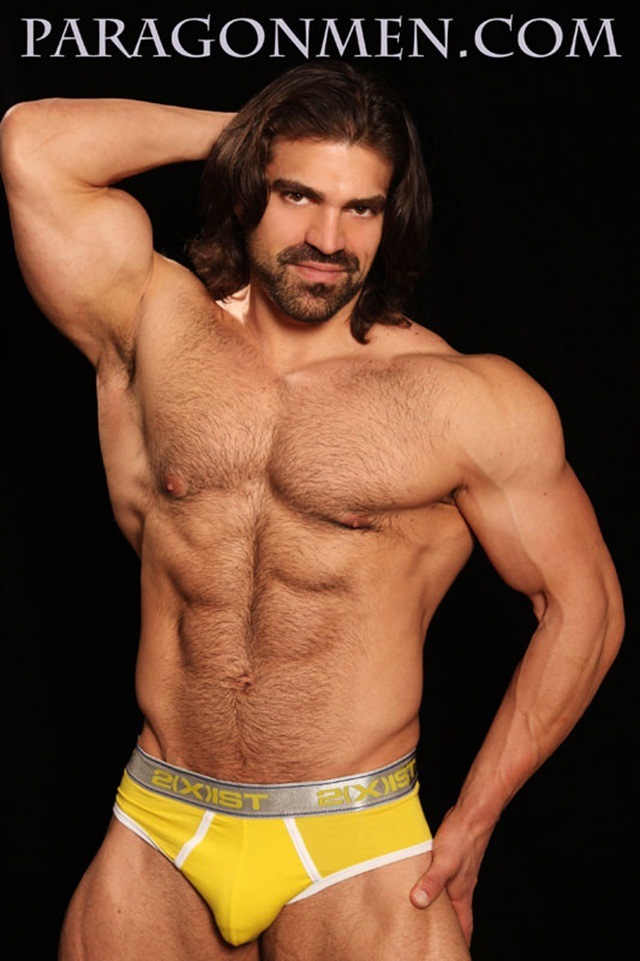 Jared-Degado-aka-Vince-Ferelli-at-Paragon-Men-1-Ripped-Muscle-Bodybuilder-Strips-Naked-and-Strokes-His-Big-Hard-Cock-photo