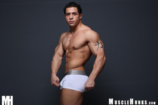 muscle men 2 muscle hunks  Mark Monty