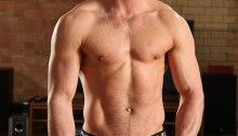 Paddy-obrian-010-Ripped-Muscle-Bodybuilder-Strips-Naked-and-Strokes-His-Big-Hard-Cock-for-at-UK-Naked.Men-photo - copia