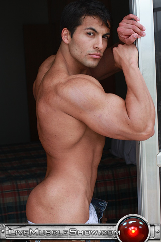 Benjamin-Jackson-Live-Muscle-Show-Gay-Porn-Naked-Bodybuilder-nude-bodybuilders-gay-fuck-muscles-big-muscle-men-gay-sex-005-gallery-video-photo
