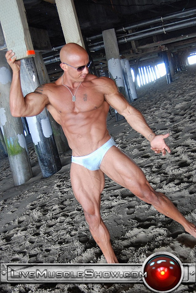 Vin-Marco-Live-Muscle-Show-Gay-Porn-Naked-Bodybuilder-nude-bodybuilders-gay-fuck-muscles-big-muscle-men-gay-sex-009-gallery-video-photo