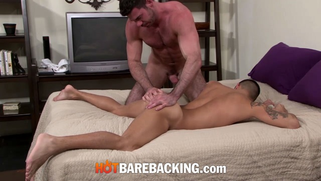 Billy-Santoro-and-Mark-Rivera-Hot-Barebacking-gay-xvideos-redtube-xtube-bareback-sex-raw-fucking-condom-free-fuck-006-male-tube-red-tube-gallery-photo