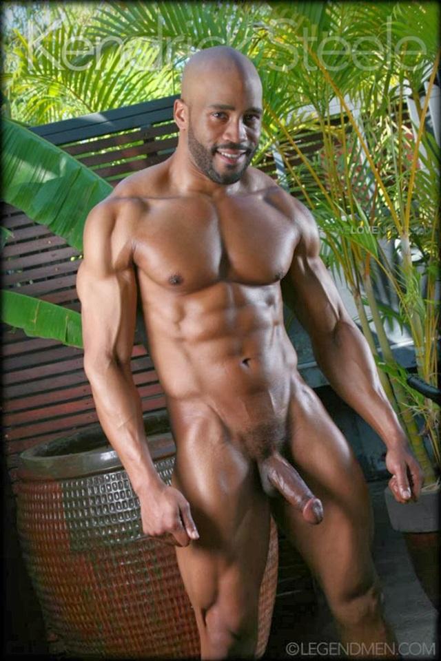 muscle men 2 legend men  Kendrick Steele