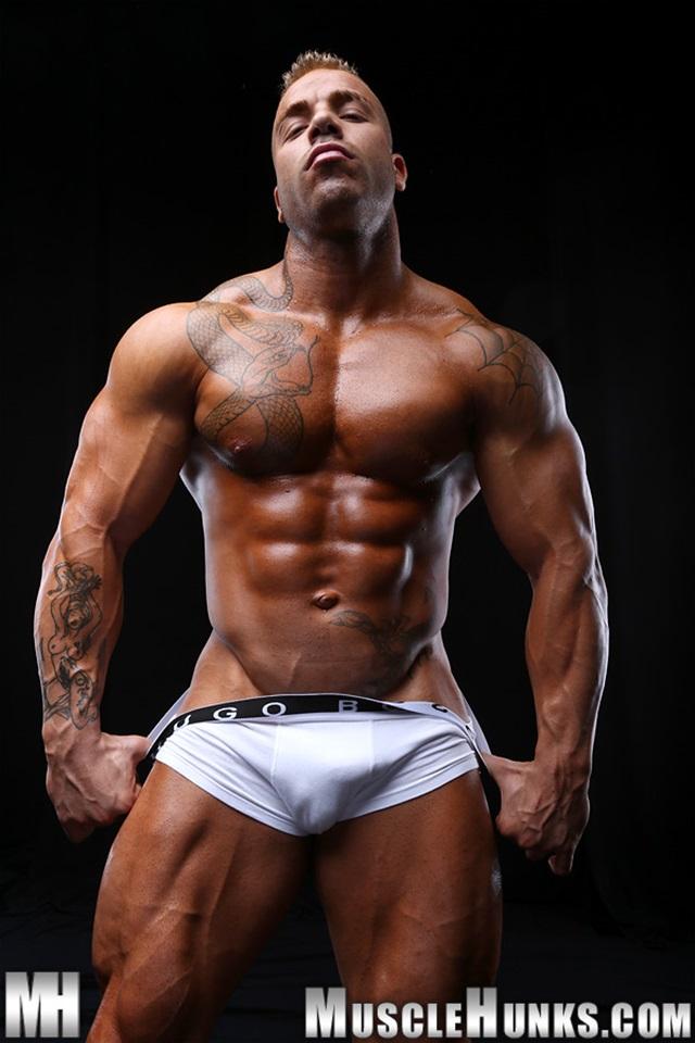 Max-Hilton-Muscle-Hunks-nude-gay-bodybuilders-porn-muscle-men-xvideos-xtube-hunks-big-uncut-cocks-jockstrap-003-male-tube-red-tube-gallery-photo