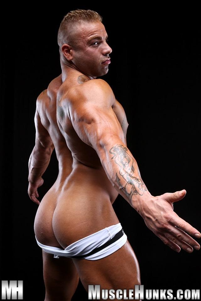 Max-Hilton-Muscle-Hunks-nude-gay-bodybuilders-porn-muscle-men-xvideos-xtube-hunks-big-uncut-cocks-jockstrap-004-male-tube-red-tube-gallery-photo