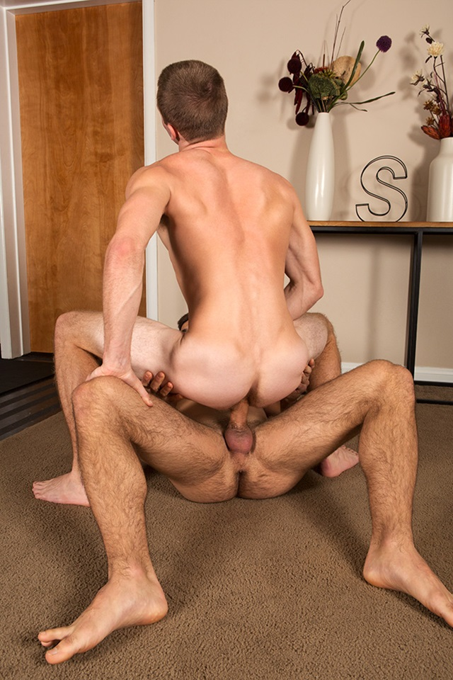 Noel-and-Stu-SeanCody-bareback-gay-porn-naked-men-ass-fuck-American-boys-male-muscle-jocks-raw-butt-fucking-sex-008-gallery-photo