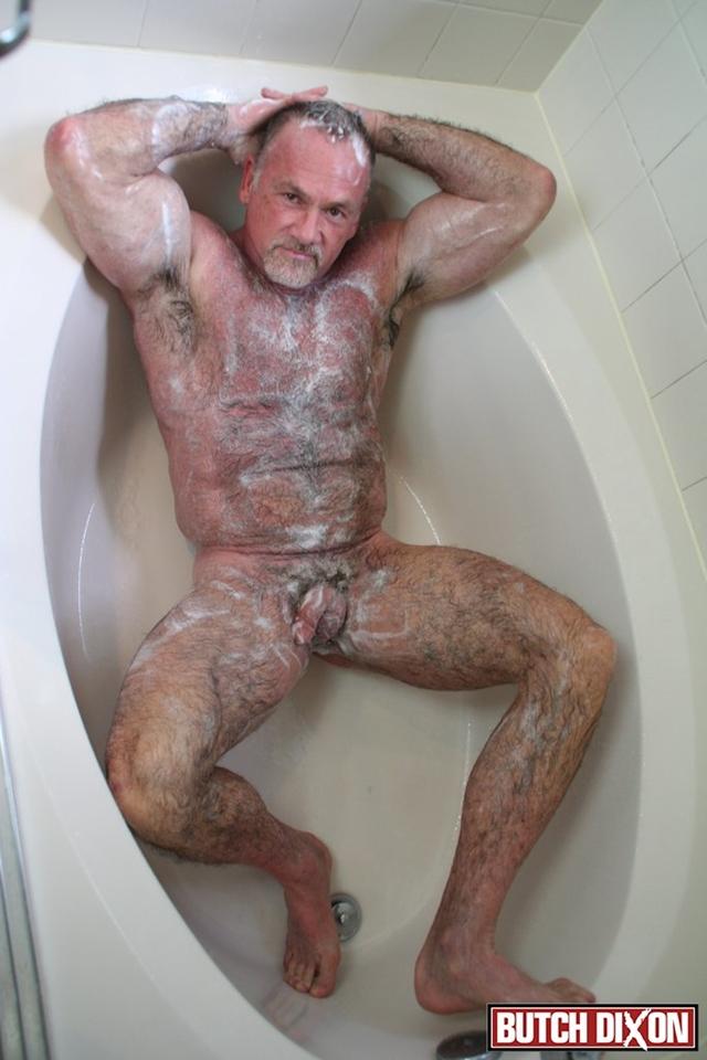 Red tube jym shower fuck