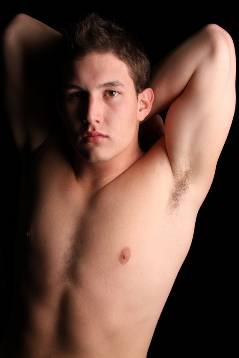 Chaos-Men-beefy-ex-football-jock-Mason-loves-assplay-bottom-boy-huge-dick-right-muscle-asshole-015-male-tube-red-tube-gallery-photo