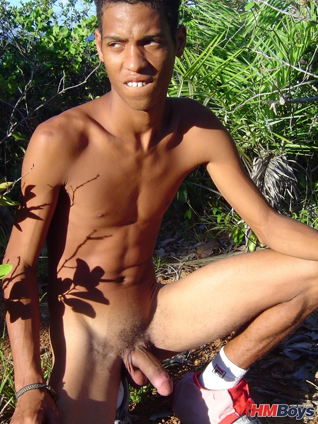 HMBoys-young-black-boy-Junior-swimwear-outdoors-jerks-small-boy-cock-spurts-boy-cum-brown-skin-014-male-tube-red-tube-gallery-photo