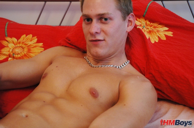 HMBoys-young-straight-stud-Daniel-D-strips-naked-jerks-small-boy-cock-huge-cumshot-creamy-boy-cum-013-male-tube-red-tube-gallery-photo
