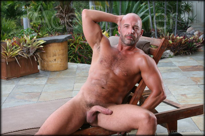 Legend Men Says Shaved Head Nude Muscle Bodybuilder Ace Banner Strips
