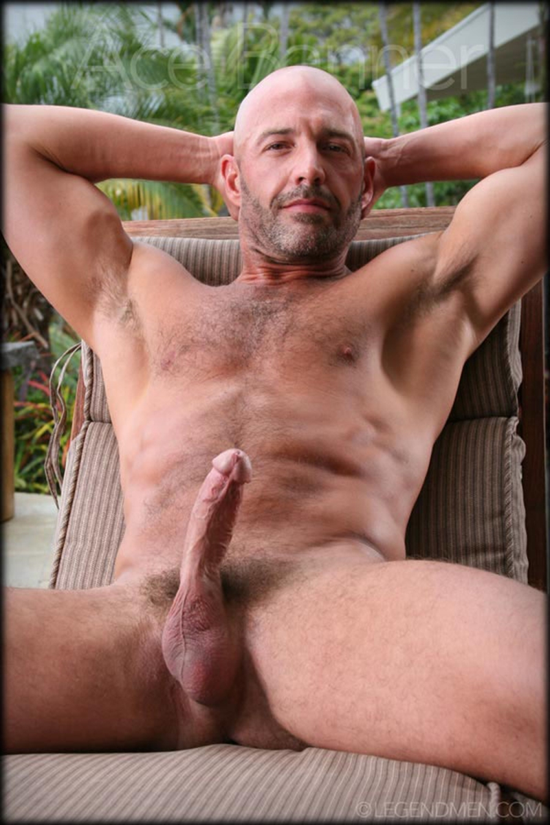 Theme Mature men shaved cocks that