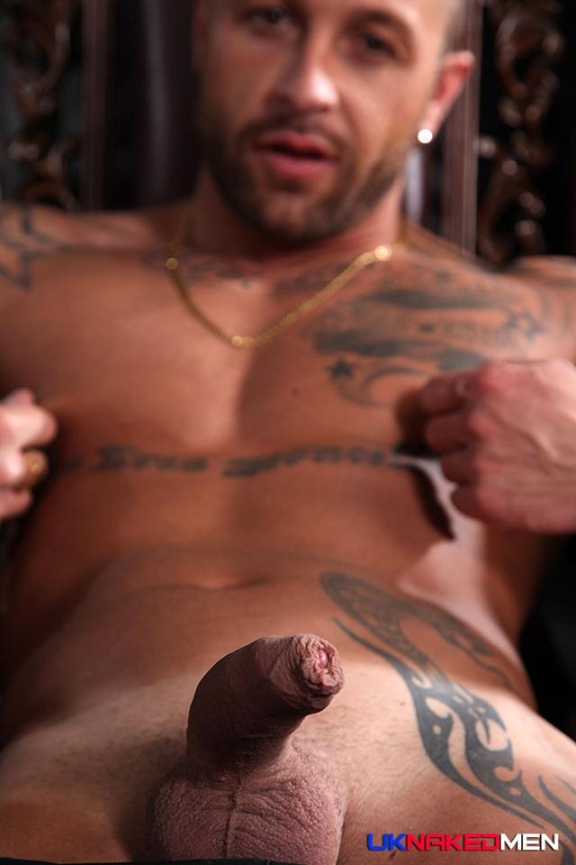 Attractive Full Body Nude Men Pics