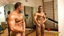 JimmyZProductions-european-older-mature-nude-bodybuilder-Italy-beefy-guy-sexy-torso-hard-muscles-workout-gym-001-tube-download-torrent-gallery-photo