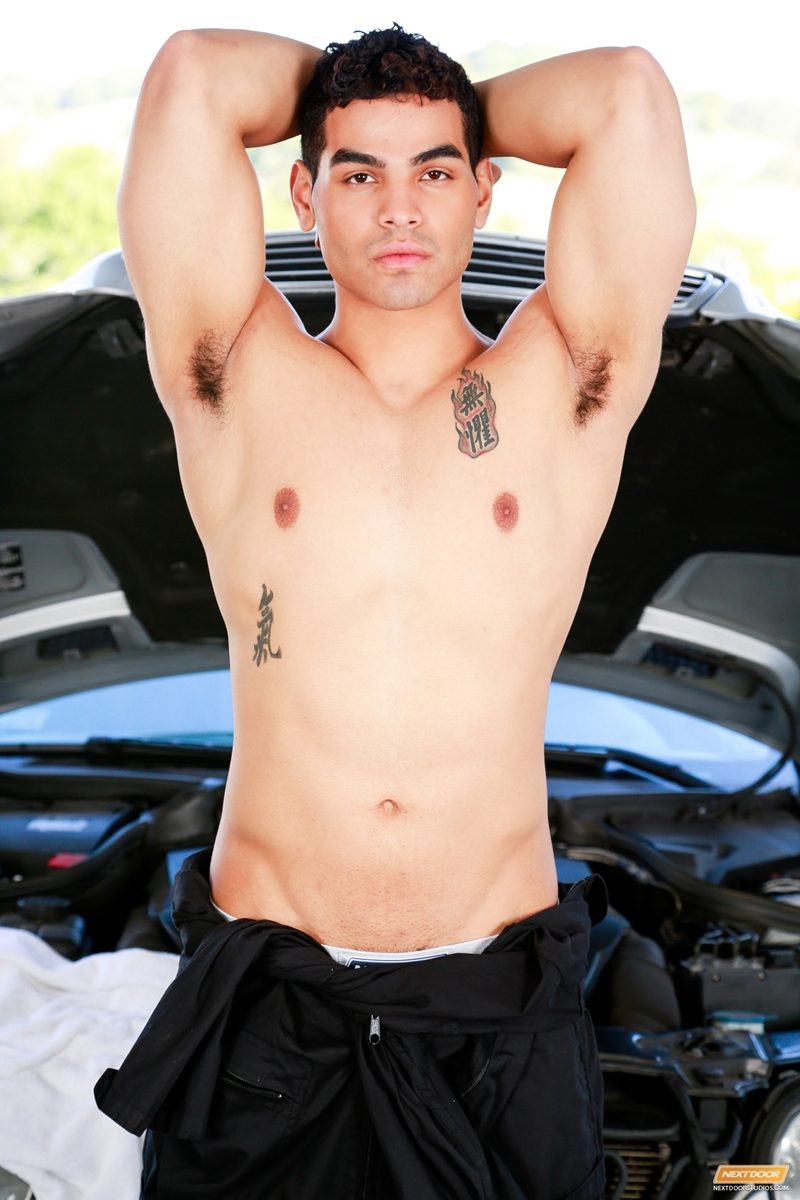 NextDoorMale-Cameron-Johnson-bad-boy-unzips-hard-muscled-body-cut-arms-massage-pre-cum-stroking-huge-boy-cock-load-ass-005-tube-download-torrent-gallery-photo