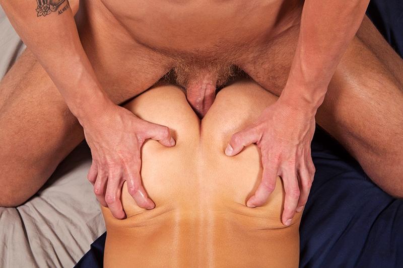 SeanCody-tattooed-muscle-stud-Mac-veiny-penis-fucks-Dusty-muscle-boy-raw-cock-smooth-ass-cheeks-bareback-fucking-sexy-guys-orgasm-013-tube-download-torrent-gallery-sexpics-photo