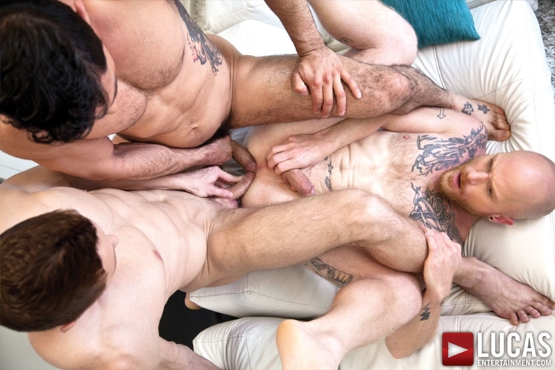 LucasEntertainment-Comrad-Blu-Mikoah-Kan-Brock-Rustin-suck-blowjobs-fucks-rimming-eats-asshole-naked-men-009-tube-download-torrent-gallery-sexpics-photo