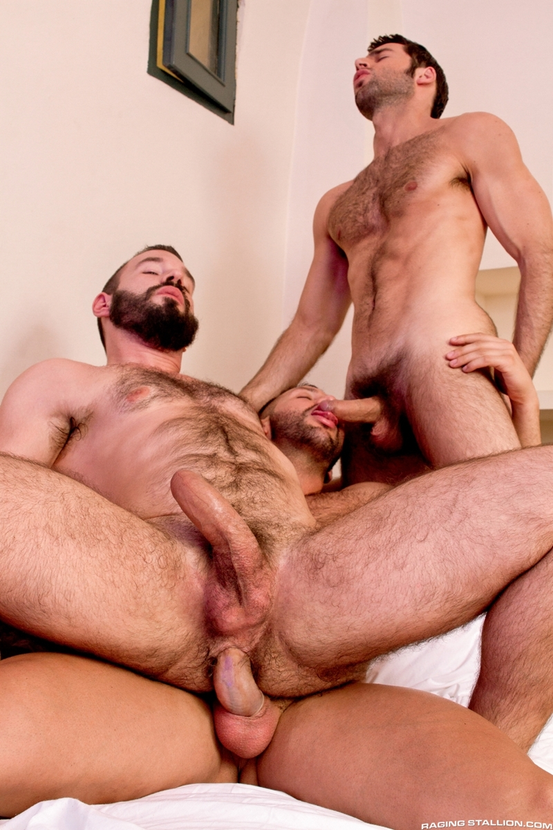 RagingStallion-hustlers-Donato-Reyes-Dario-Beck-Alessio-Veneziano-naked-men-fur-face-fucked-sucks-rimming-013-tube-download-torrent-gallery-sexpics-photo