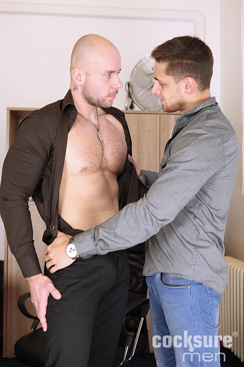 CocksureMen-Alex-Bach-Sean-Robson-young-studs-hairy-chest-muscle-smooth-chest-low-hanging-balls-raw-big-uncut-cock-002-tube-download-torrent-gallery-sexpics-photo