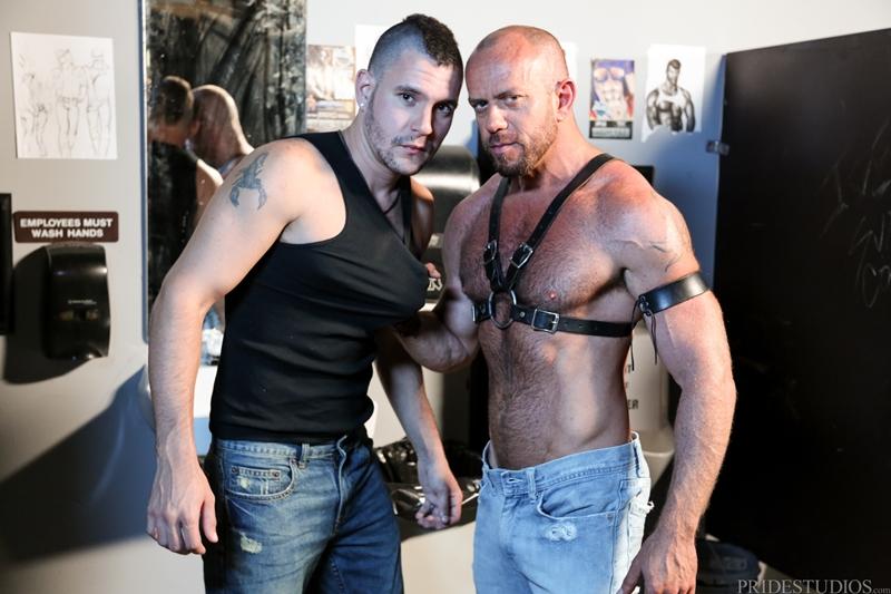 HighPerformanceMen-Big-muscle-daddy-Matt-Stevens-leather-harness-hairy-chest-tattooed-young-punk-Bradley-Boyd-004-tube-video-gay-porn-gallery-sexpics-photo