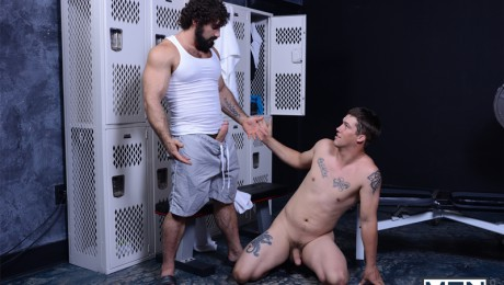 Men-com-hairy-chest-Urijah-fucks-Jaxton-Wheeler-tight-muscled-asshole-cocksucker-rimming-butt-hole-001-tube-video-gay-porn-gallery-sexpics-photo