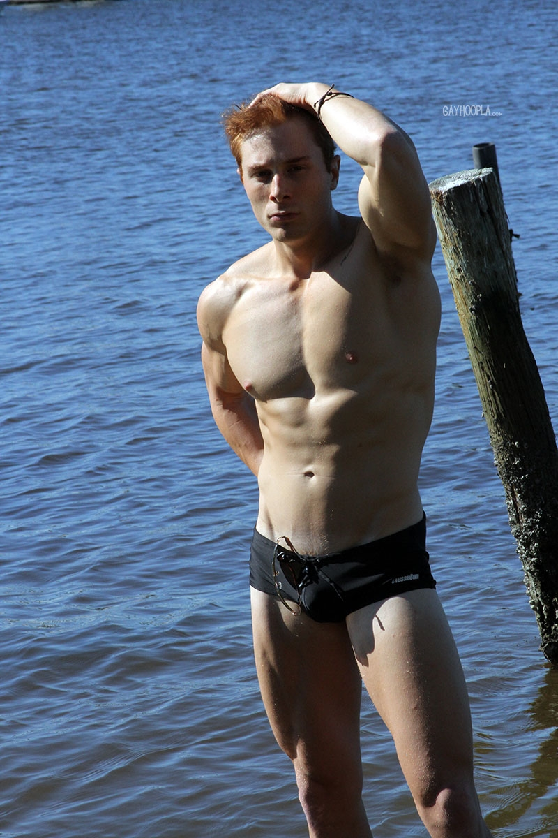gayhoopla  Ripped young man Mitchel Wright strips off his speedos