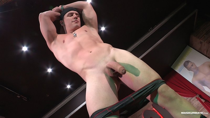 A Smooth Fitness Body And A Huge Uncut Cock Makes Male -6751