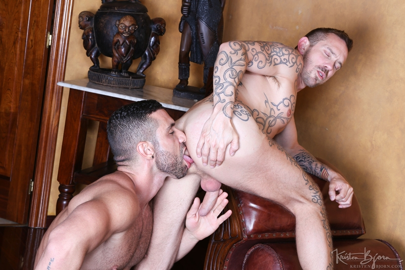 KristenBjorn-naked-muscle-hunk-Letterio-Amadeo-Stephan-Raw-bareback-fucking-foreskin-huge-big-raw-uncut-cock-muscular-hunk-005-gay-porn-video-porno-nude-movies-pics-porn-star-sex-photo