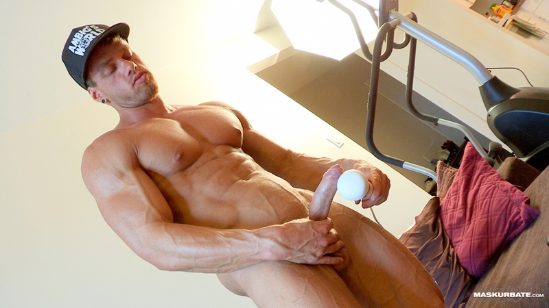 Alvah recommend best of sex man muscle shower gay