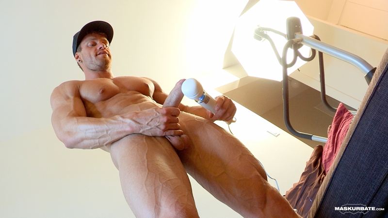 Maskurbate-naked-muscle-man-Brad-bodybuilding-sex-toy-Reality-ripped-six-pack-abs-huge-cock-vibrator-veiny-muscled-dry-jerking-010-gay-porn-video-porno-nude-movies-pics-porn-star-sex-photo