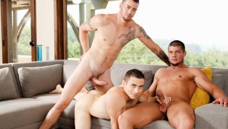 NextDoorBuddies-gay-threesome-sexy-Mark-Long-gorgeous-Dante-Martin-chiseled-Brad-A-hot-guy-sucking-erection-huge-cock-thick-boner-01-gay-porn-star-sex-video-gallery-photo