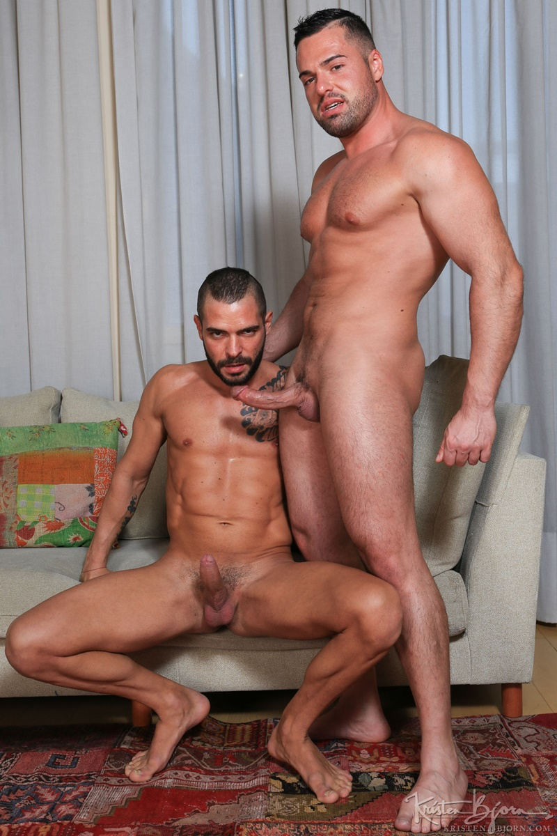 KristenBjorn-nude-big-muscle-dudes-kissing-Gabriel-Lunna-Cody-Banx-bare-raw-massive-cock-sucking-bareback-anal-fuck-flip-cum-shot-002-gay-porn-sex-gallery-pics-video-photo
