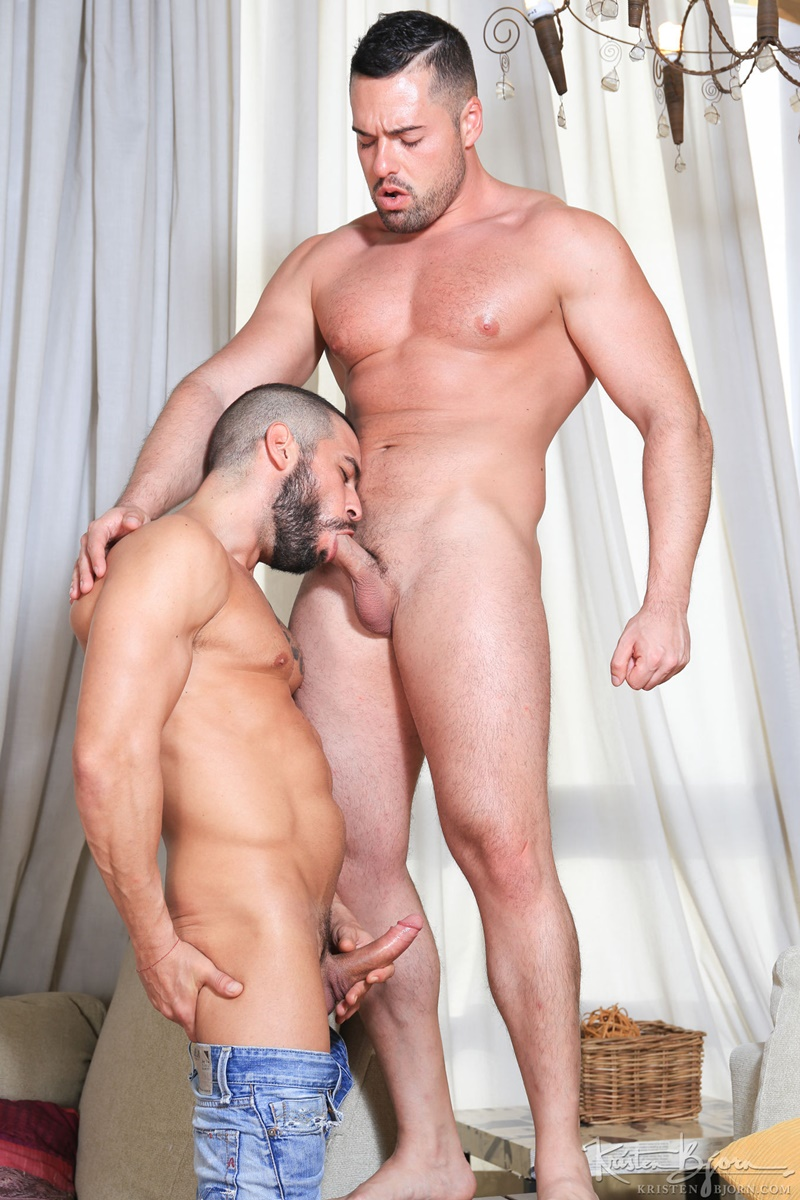 KristenBjorn-nude-big-muscle-dudes-kissing-Gabriel-Lunna-Cody-Banx-bare-raw-massive-cock-sucking-bareback-anal-fuck-flip-cum-shot-017-gay-porn-sex-gallery-pics-video-photo