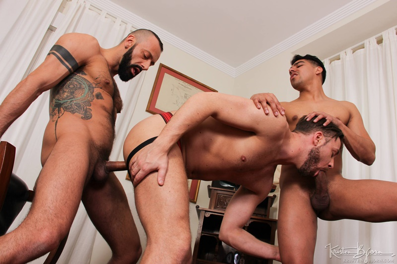 kristenbjorn-naked-big-muscle-men-salvador-mendoza-alberto-esposito-logan-moorehuge-thick-european-uncut-dicks-anal-rimming-raw-fucking-015-gay-porn-sex-gallery-pics-video-photo