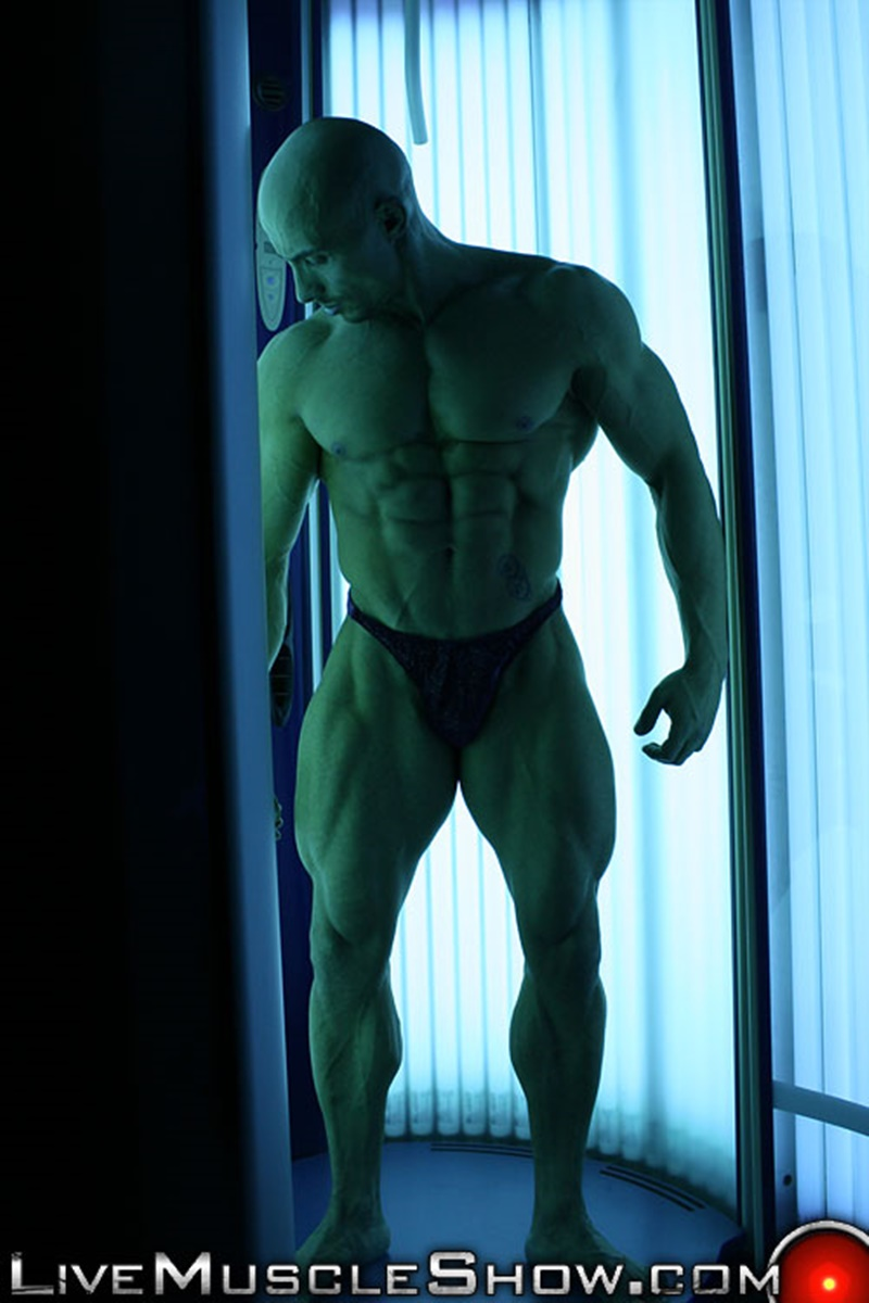 livemuscleshow-huge-muscle-man-viny-knight-naked-bodybuilder-webcam-chat-jerking-off-big-thick-massive-cock-muscled-hunk-005-gay-porn-sex-gallery-pics-video-photo