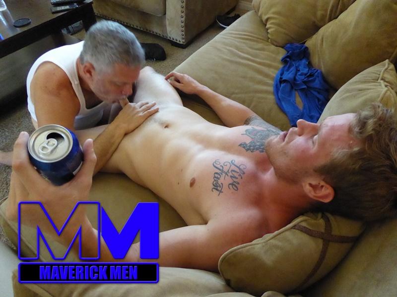 maverickmen-older-naked-mature-gay-guy-sean-fucks-straight-man-dax-cum-asshole-jizz-bareback-ass-fucking-anal-rimming-007-gay-porn-sex-gallery-pics-video-photo