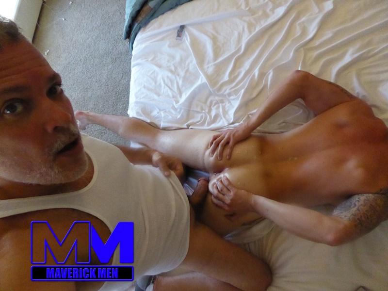 Maverick Men Lunge, Squat, Fuck  Nude Gay Porn Pics-7203