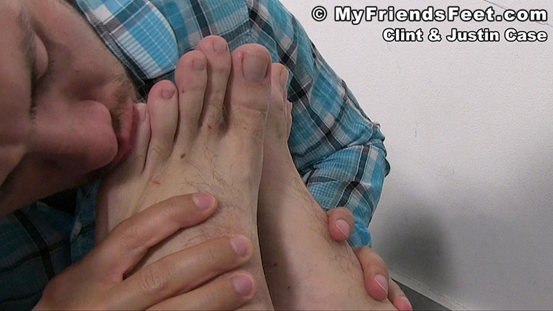 myfriendsfeet-foot-fetish-young-guys-socks-justin-case-clint-bare-foot-worshiping-huge-size-13-shoes-feet-fetishist-013-gay-porn-sex-gallery-pics-video-photo