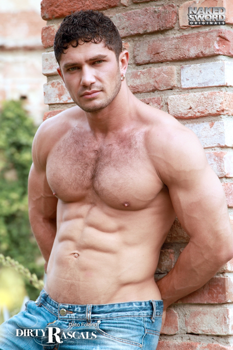 naked sword  Tommy Defendi and Dato Foland