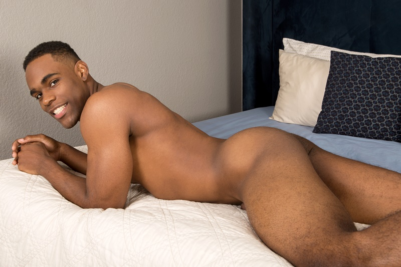 seancody-sean-cody-black-naked-muscle-dude-edison-big-ebony-dick-stroking-ripped-six-packs-hairy-armpits-sexy-african-americans-008-gay-porn-sex-gallery-pics-video-photo