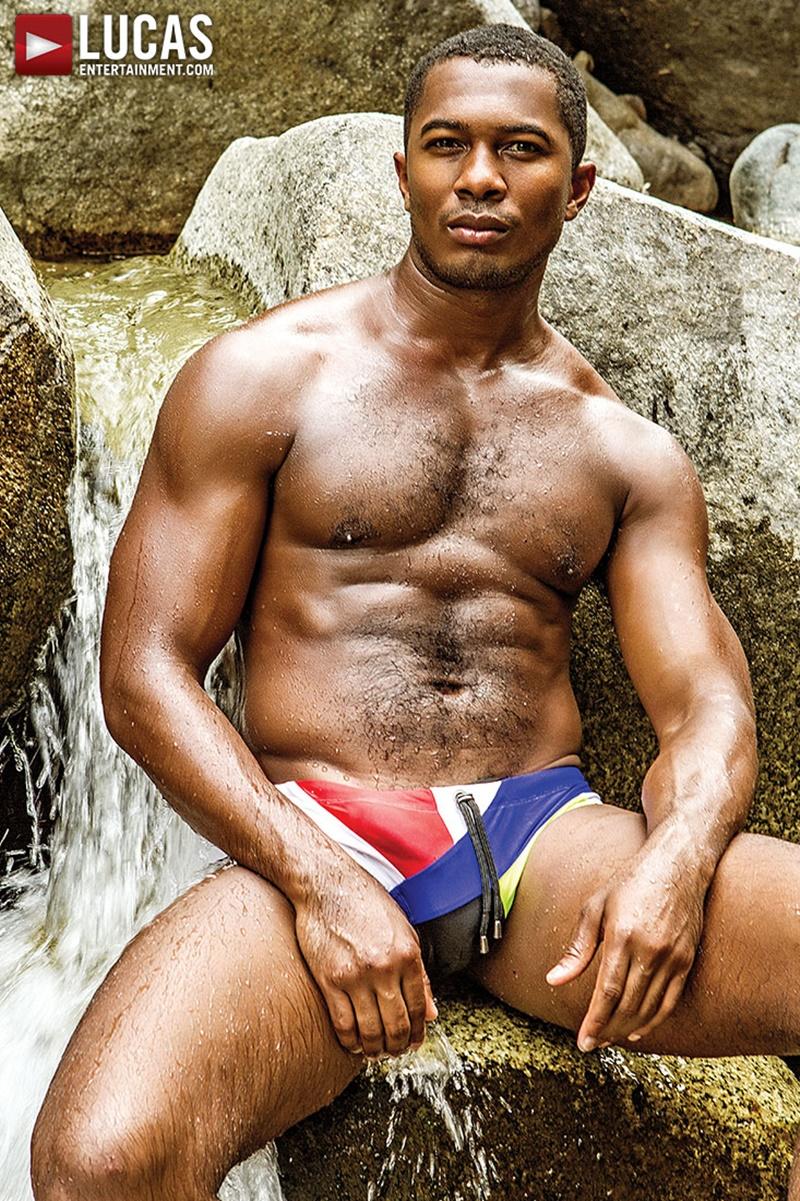 Devin Franco Bottoms For Sean Xaviers Bare Black Dick-9076