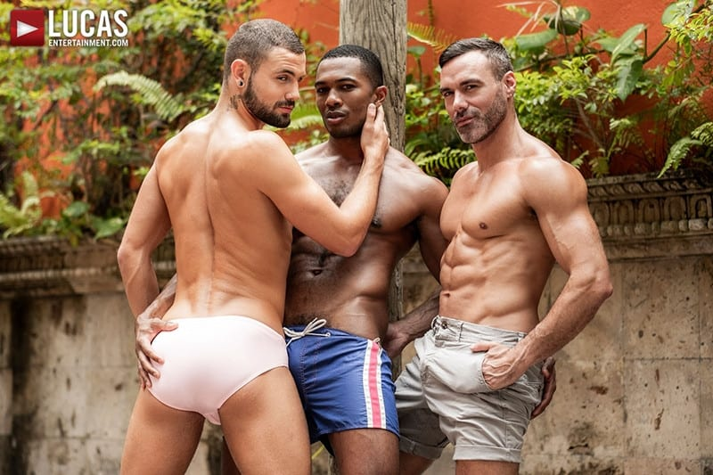 Men for Men Blog MANUEL-SKYE-JEFFREY-LLOYD-SEAN-XAVIER-SUNSET-SEX-LucasEntertainment-001-gay-porn-pictures-gallery Jeffrey Lloyd bareback fucks Sean Xavier before he takes Manuel Skye's big muscle cock Lucas Entertainment